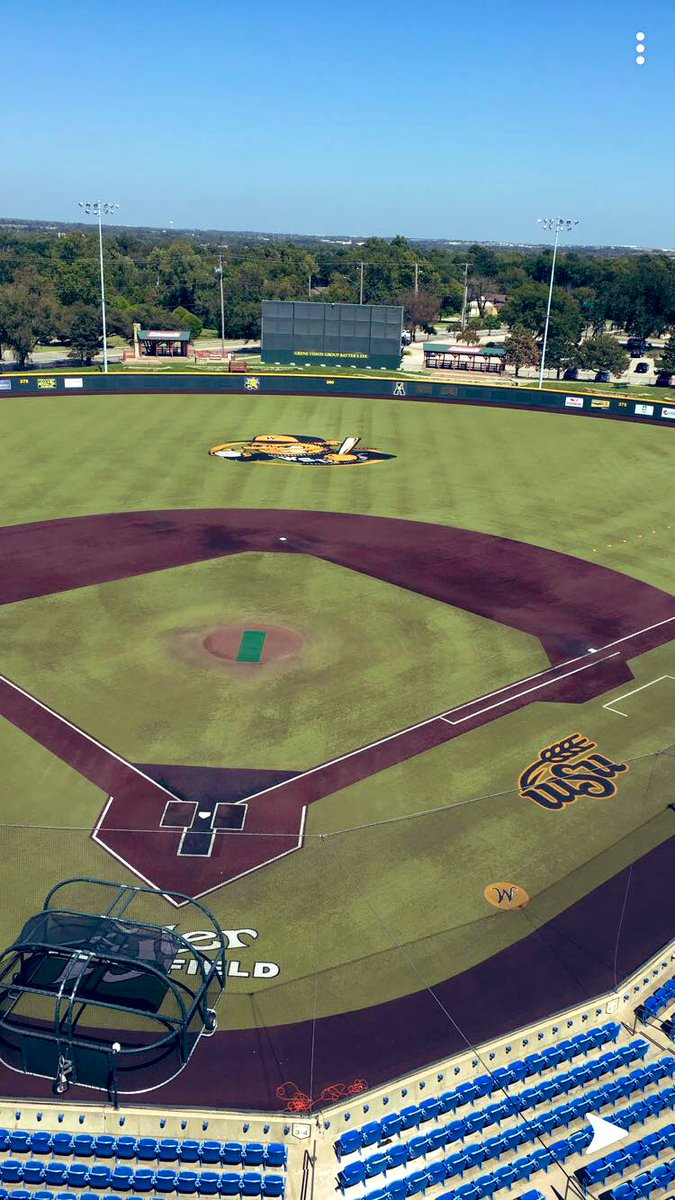 """Congrats to @StrohSeth alumni of @KLLBaseball on his decision to become a Shocker! Don'tyou be """"shocked""""; @LittleLeague produces D1 baseball talent. https://t.co/6hOjafAoB3"""