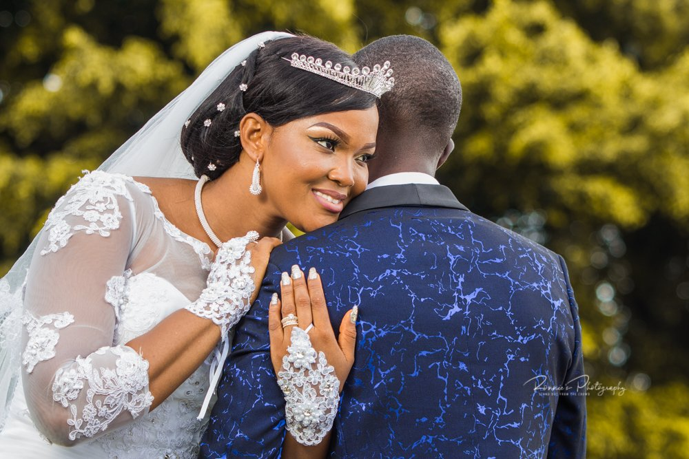 Wedding season is almost here! Still looking for a photographer? Well, Ronnie's Photography is still open for booking 🥳  #RonniesPhotography #StandOutFromTheCrowd #SaloneTwitter https://t.co/5TDRmlUBAz