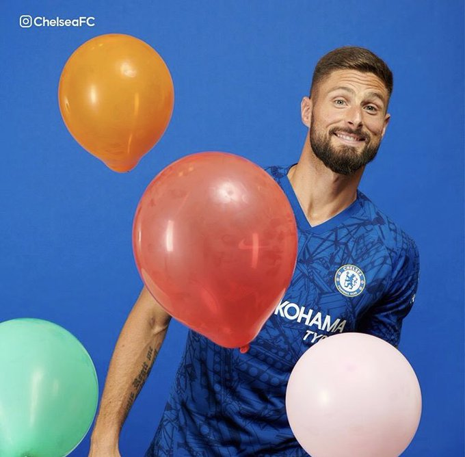 Happy Birthday Olivier Giroud  En espérant le revoir au plus vite sur un terrain