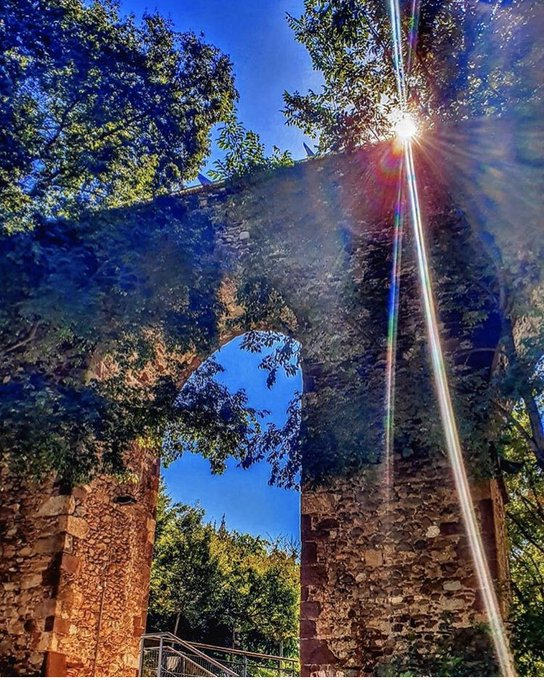 Què us sembla aquesta preciosa imatge del pont de #Vallparadís? 😍 Bon dia des de #Terrassa! 🙂 ❤️ 📸 by @SusanaCubo a Instagram @visitaterrassa @VisitBCN_CAT #anyturismecultural
