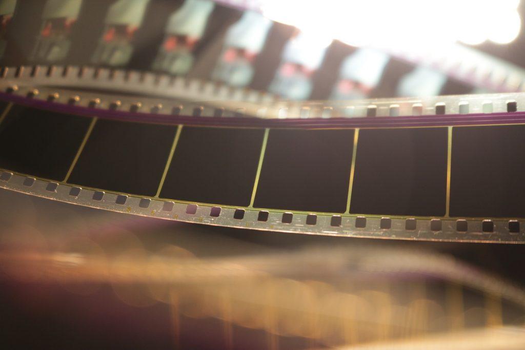 Как самому отсканировать фотопленку мультфильмов фильмов