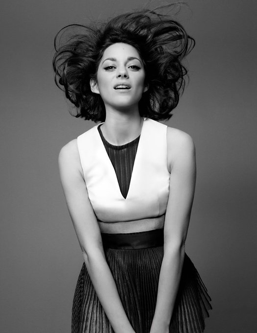 Happy birthday to one of the greatest actresses of our generation,the activist and fashion icon Marion Cotillard.
