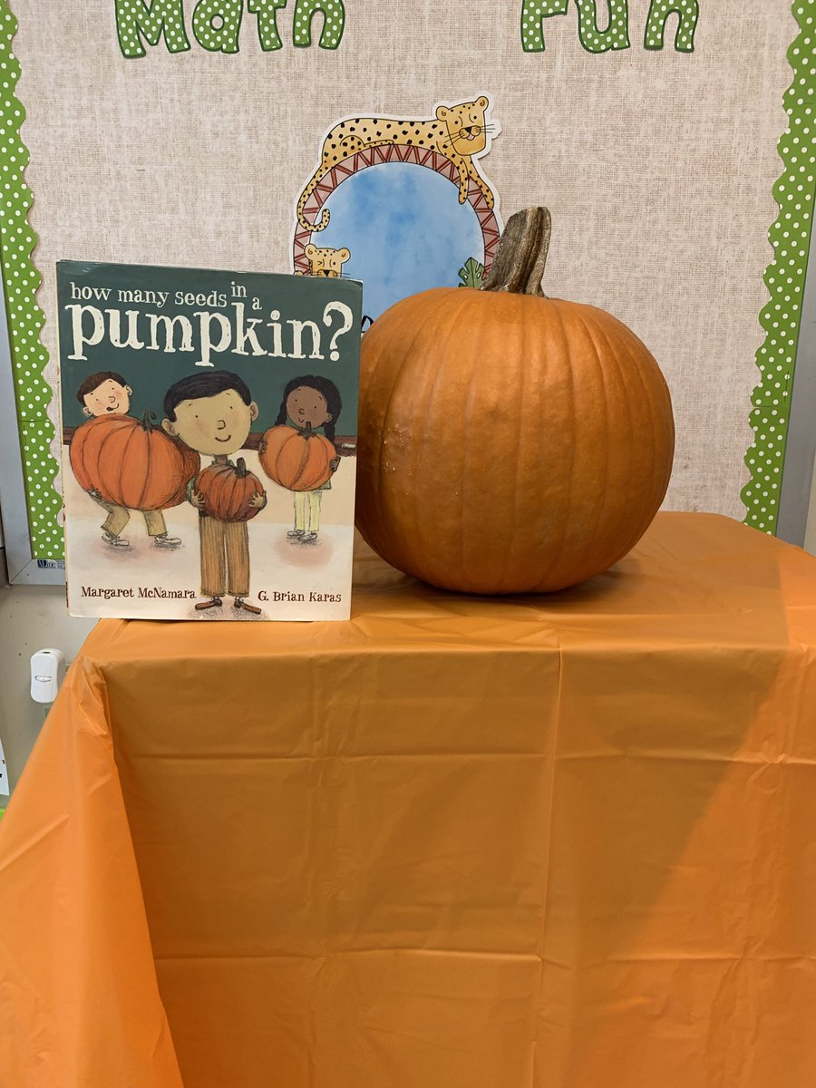1st grade Ss estimated the number of seeds in a pumpkin to kick off our magnitude unit. #spsk12proud