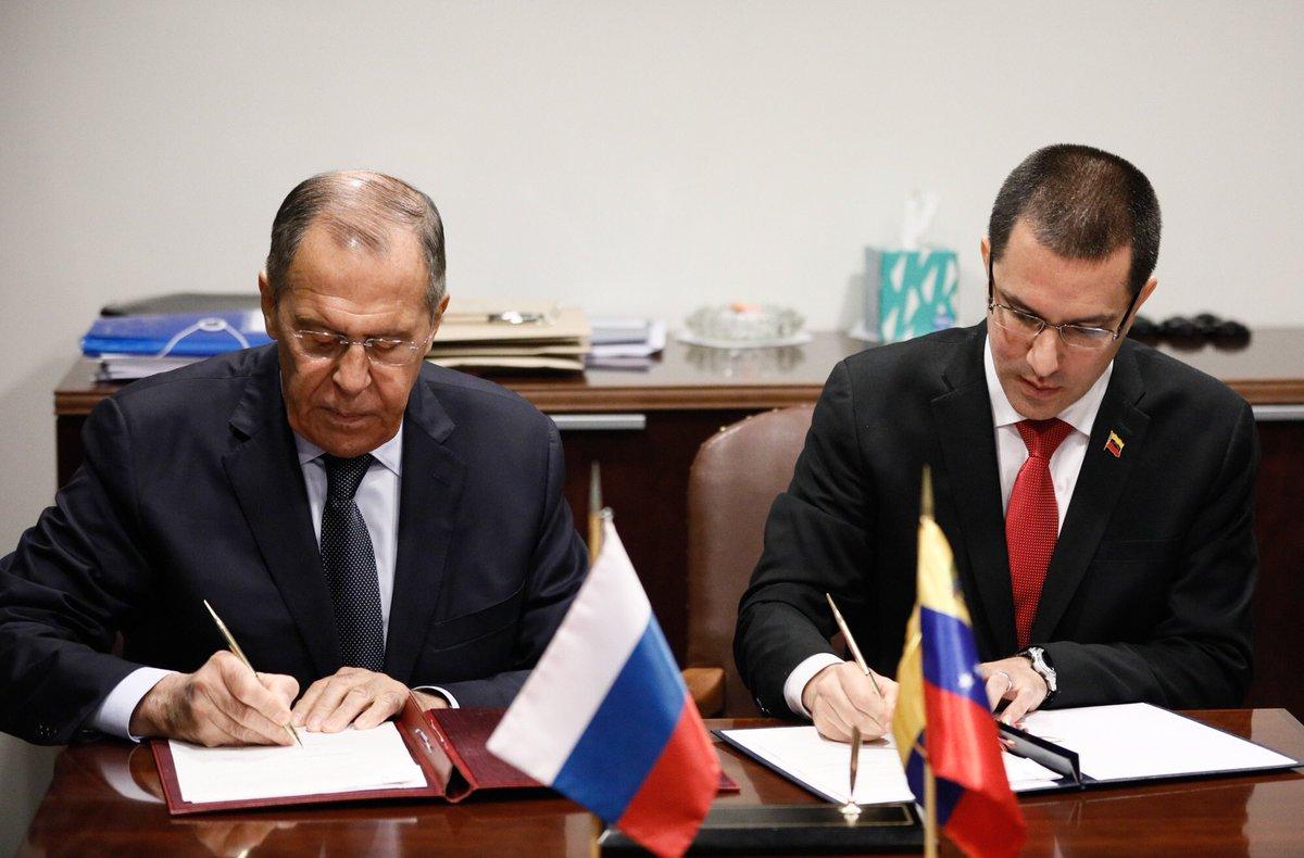 Lavrov - ¿Que harias si fueras presidente? - Página 16 EFuBqZIXUAIQJxG