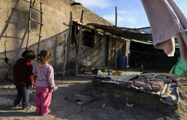 #INDEC | La pobreza llegó al 35,4%: casi 16 millones de personas