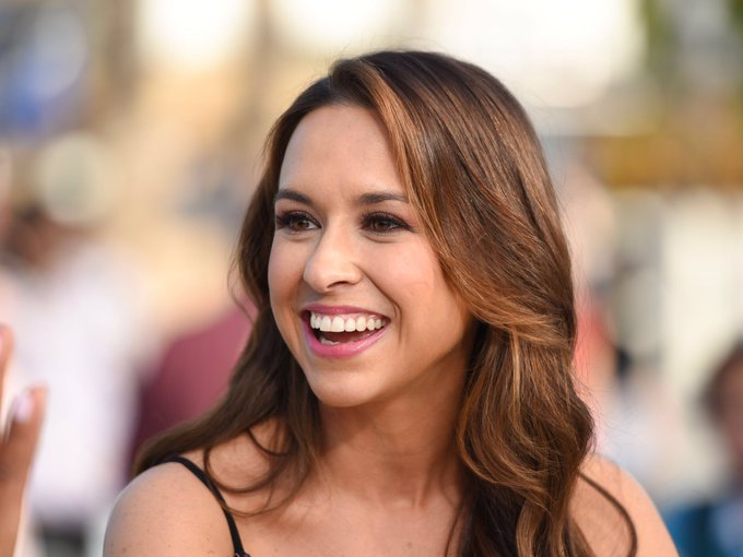 Happy Birthday actress Lacey Chabert