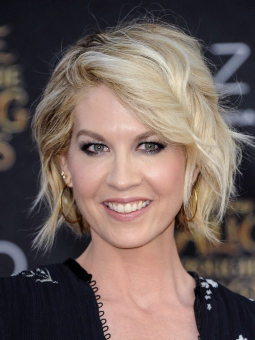 Happy Birthday actress Jenna Elfman