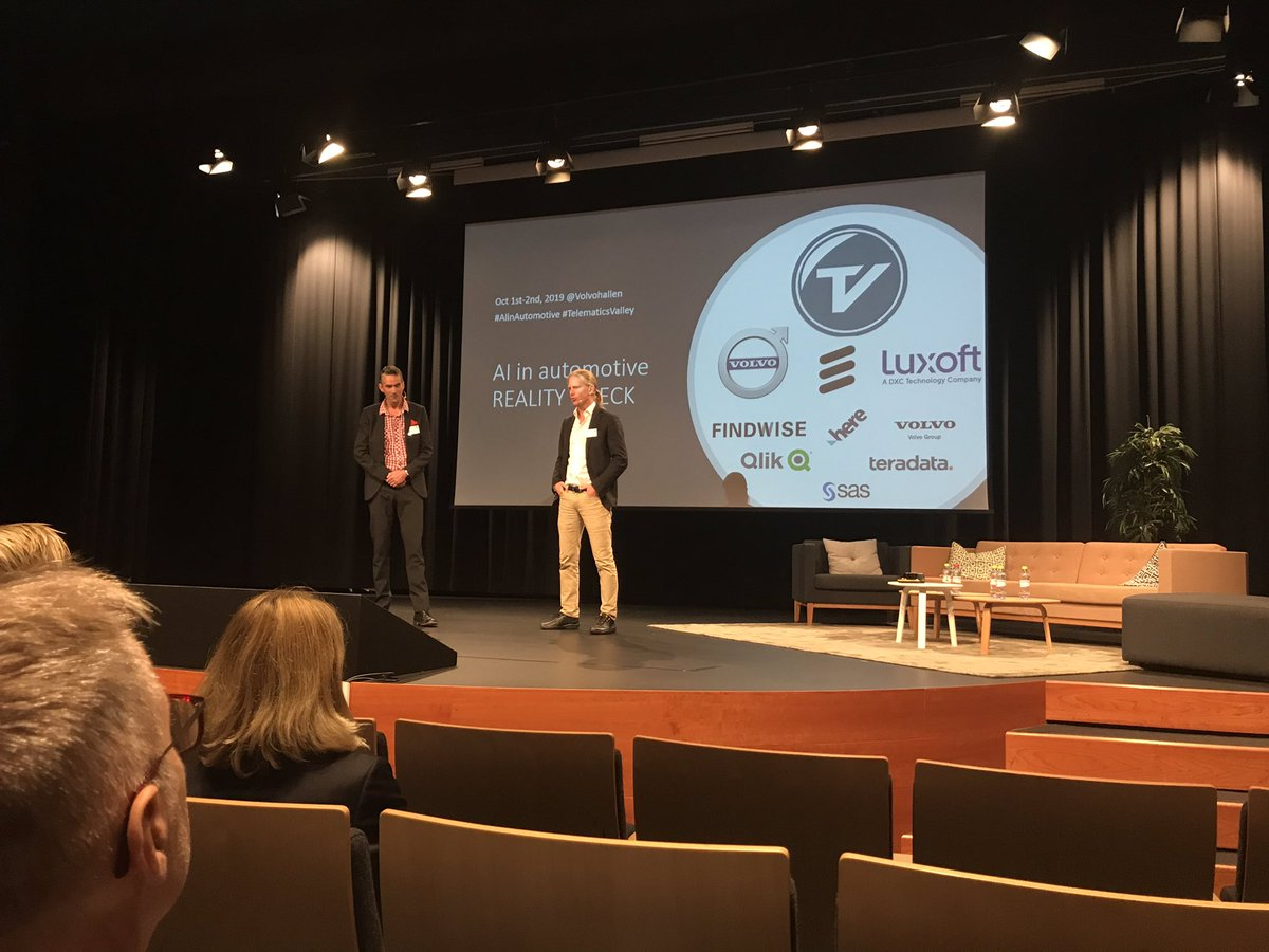 Johan and Petter kick off the AI in Automotive event by #Telematicsvalley Looking forward to some interesting presentations. pic.twitter.com/867hPnWApO
