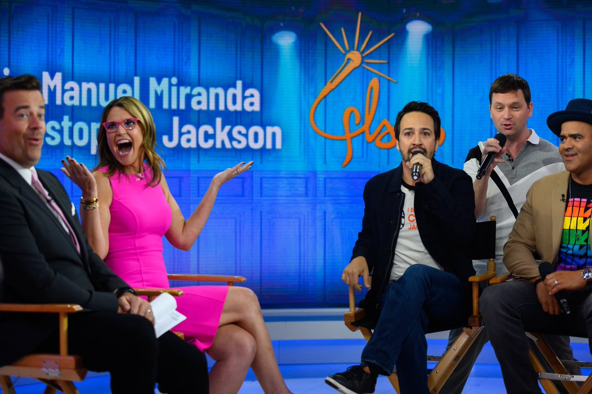 """You don't know you have a """"Lin Manuel just rapped about me"""" face until you do, amirite @CarsonDaly?"""