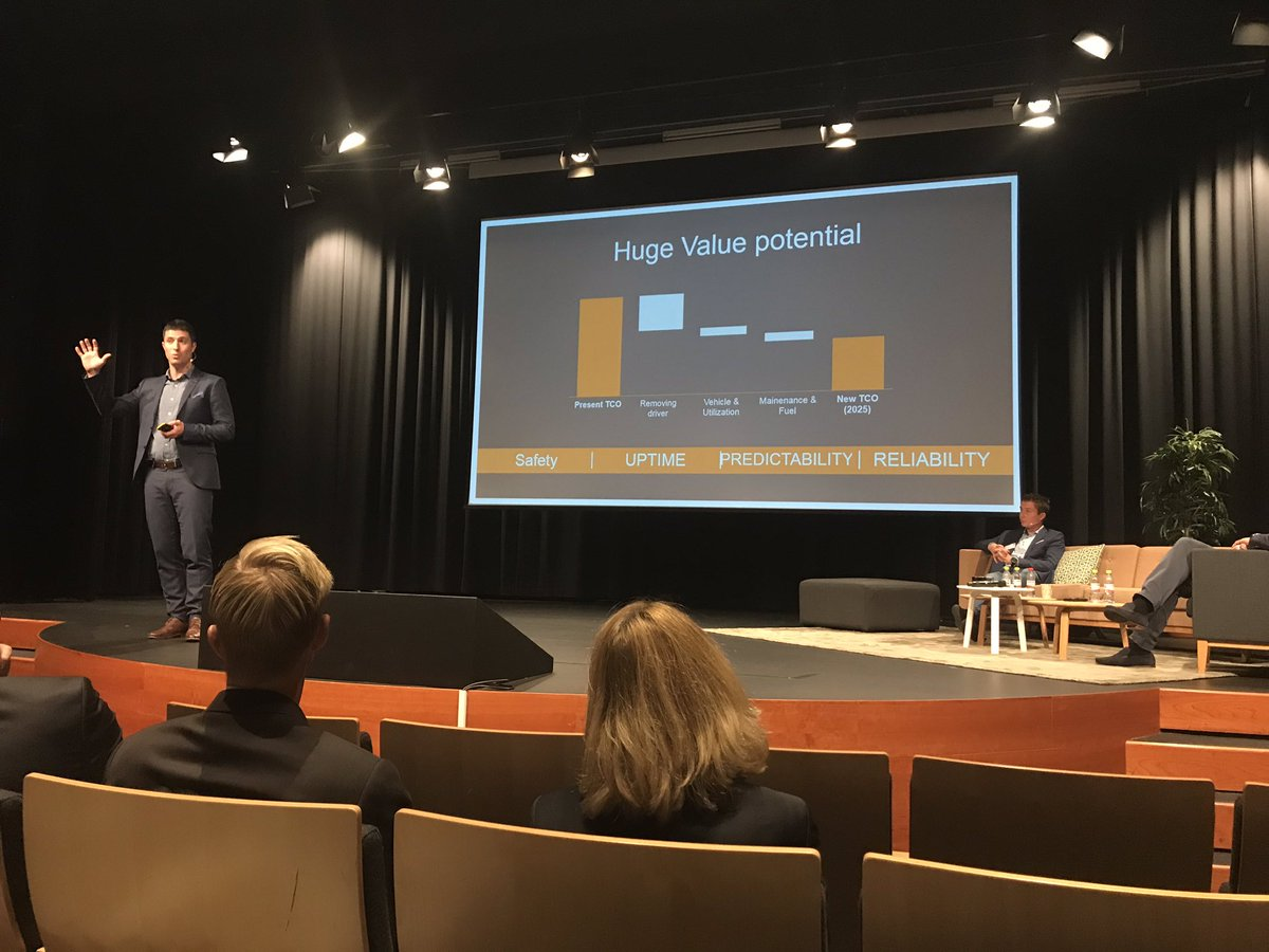 What is the value of autonomous drivning? Sasko Cuklev from Volvo Trucks explains at the #Telematicsvalley AI conference. pic.twitter.com/4ED8W9N1TM