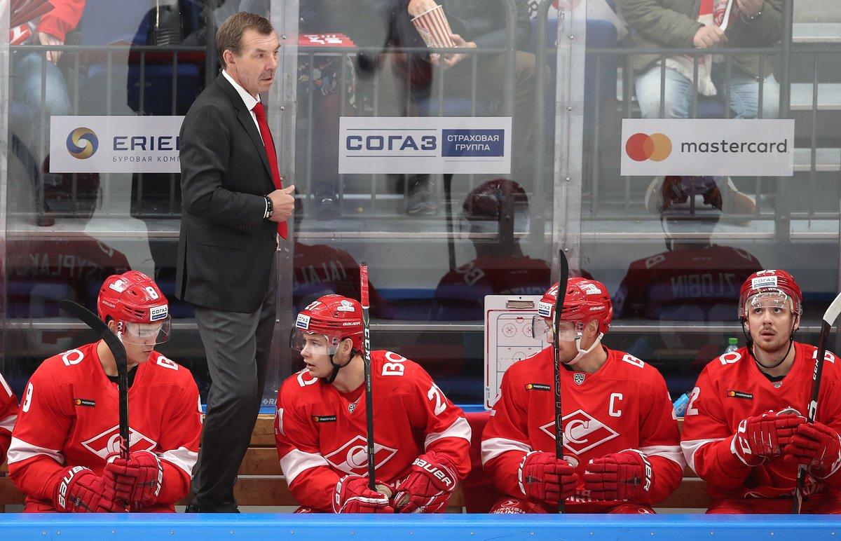 Олег Знарок: Вытащили игру с «Нефтехимиком», ребята сыграли самоотверженно