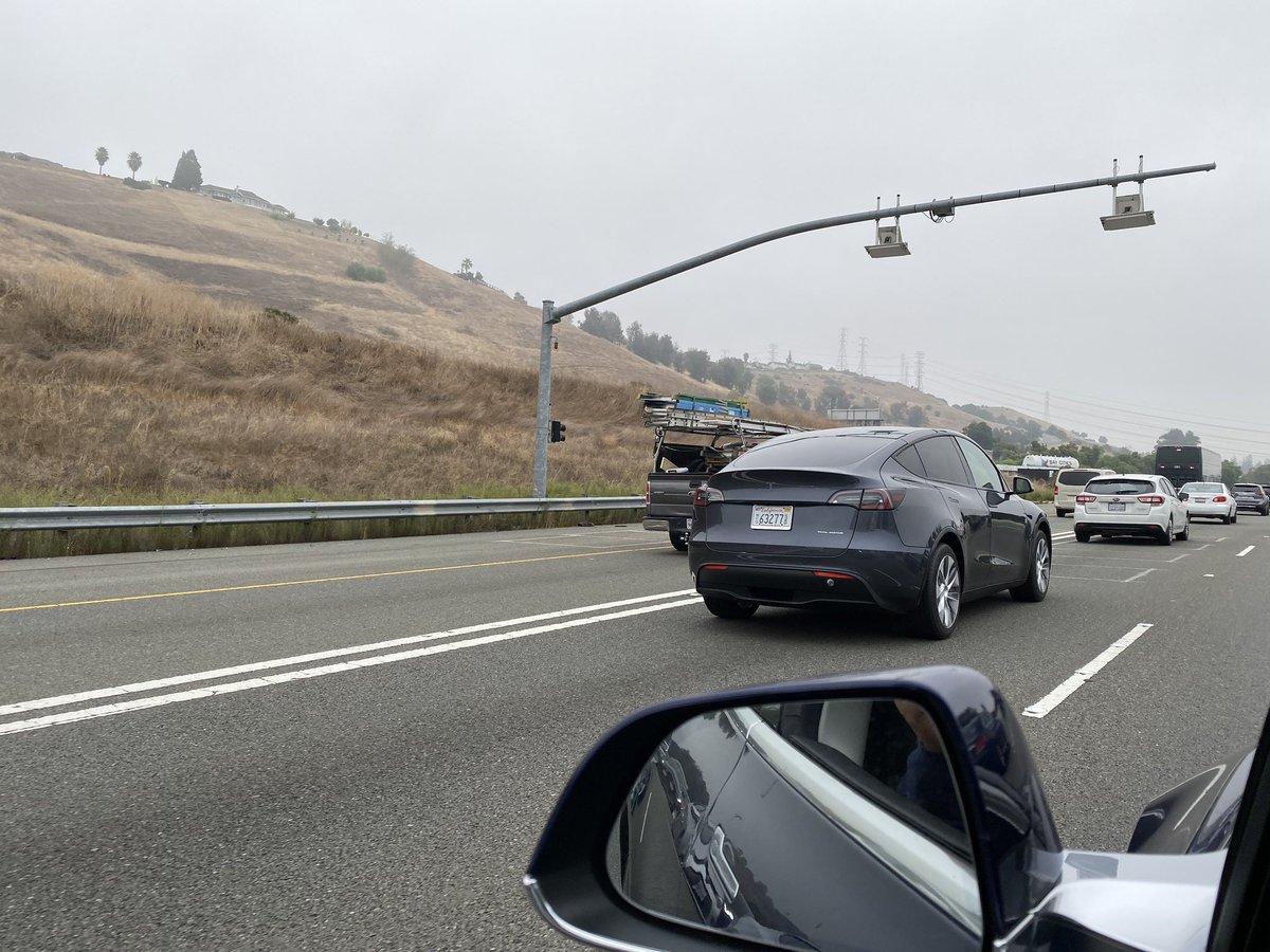 Tesla Model Y (2019) 53