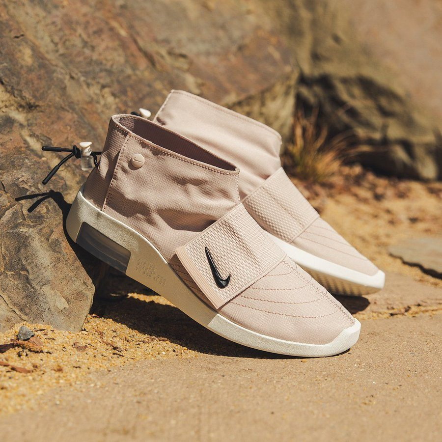 Ad: New Low Price: Fear of God x Nike Air Moc Particle Beige only $94.49 + FREE shipping => bit.ly/32INydA