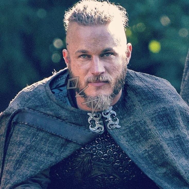 #magnificentmanmonday my gorgeous King #ragnarlothbrok #mysexyviking #TravisFimmel #vikingspic.twitter.com/jNfwxT85iX