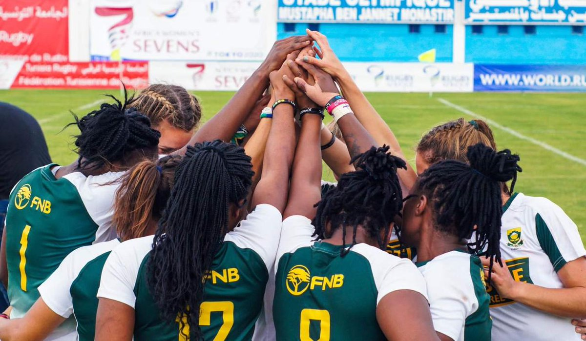 #ICYMI This group of women did something very special in Tunisia yesterday. RT if you are very proud of them being crowned best team in Africa 🇿🇦 Like if you are very proud of them being crowned best team in Africa 🇿🇦 @RugbyAfrique #Imbokodo @castlefreesa @fnbsa @asics_za