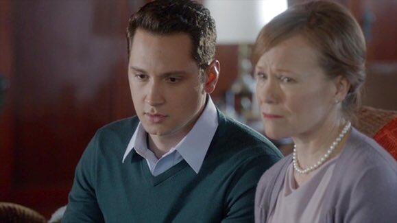 Jennifer Parsons will return as Asher's mom in #HTGAWM  6x05  #TGIT @HowToGetAwayABC<br>http://pic.twitter.com/quLfqKSZoS