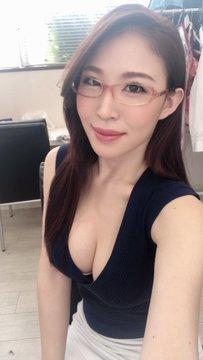 AV女優凛音とうかのTwitter自撮りエロ画像7