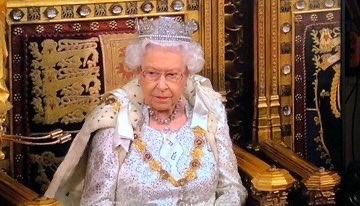 If looks could kill... #QueensSpeech #StateOpening