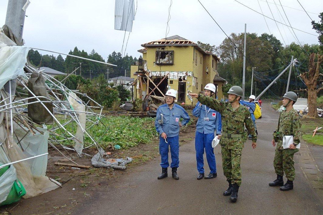 第1空挺団は、台風19号の被害状況について、自治体及び関係機関と密接に連携しつつ、情報収集を行っています。 #精鋭無比 #第1空挺団 #千葉県