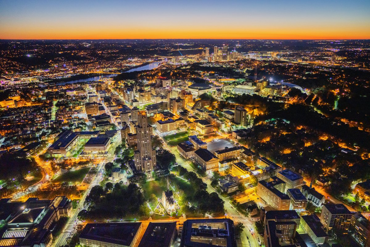 Thought most of the images that I captured from my helicopter flight last night were of downtown #Pittsburgh, we did make a pass around Oakland, and the view was amazing. The way that Heinz Chapel was glowing at the bottom of the frame almost looks fake. <br>http://pic.twitter.com/eUezZKj5WF