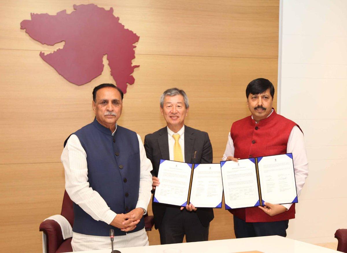 Gujarat govt. – AEPPL Japan sign MoU for Lithium Battery plant in Gujarat