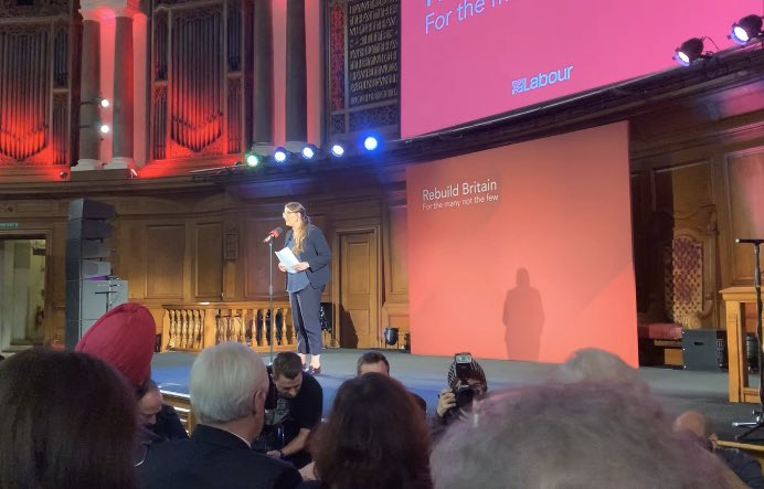 ".@LauraPidcockMP speaking at the @LondonLabour rally at the Emmanuel Centre, just around the corner from Westminster: ""I trust the people I represent & I trust working class people to see through the fake anti-establishment rhetoric of Johnson and his millionaire pals."""