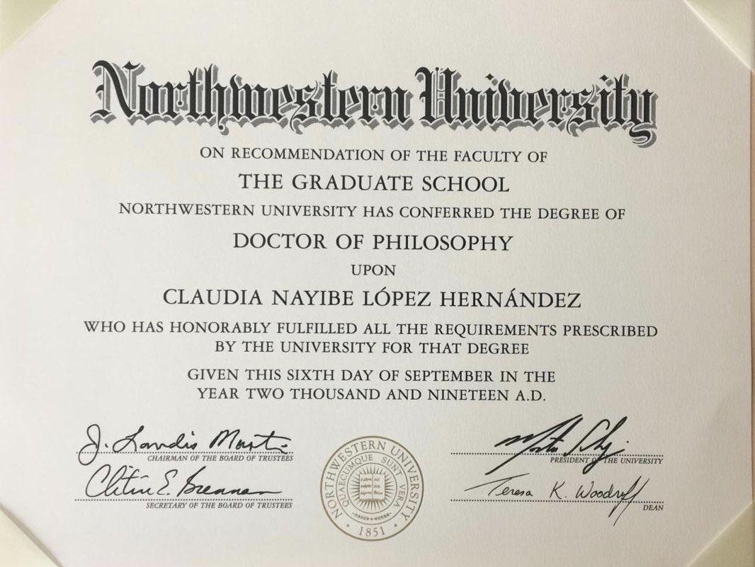 Y llegó el titulo del doctorado en ciencia política! Qué orgullo! Gracias a la vida, a mi madre por todos sus esfuerzos, a @Fulbright por la beca, a mis compañeros, maestros y mentores en @PoliSciatNU @NorthwesternU por abrirme un mundo de ciencia y aprendizaje para servir! 👩🏻🎓