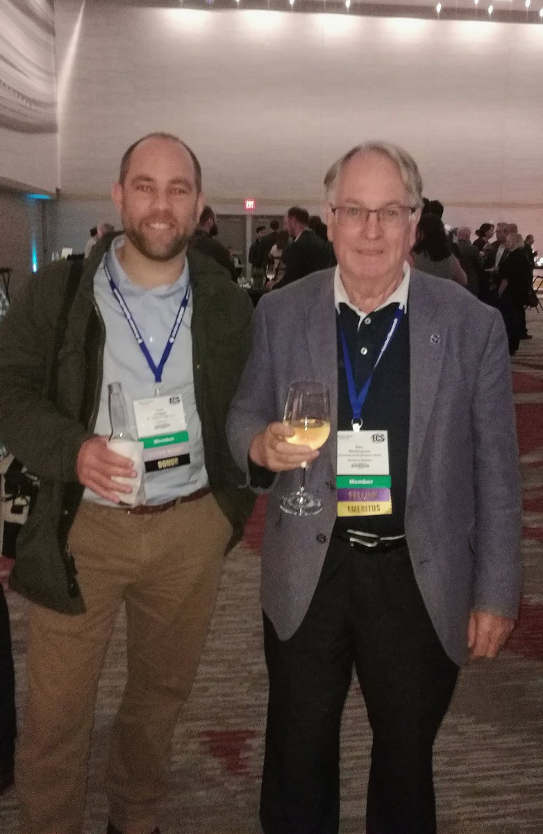At the @ECSorg Meeting in Atlanta, and got to meet with Stan #Whittingham, winner of 2019 Nobel Prize in Chemistry for #lithiumbattery #chemnobel @uccchemistry