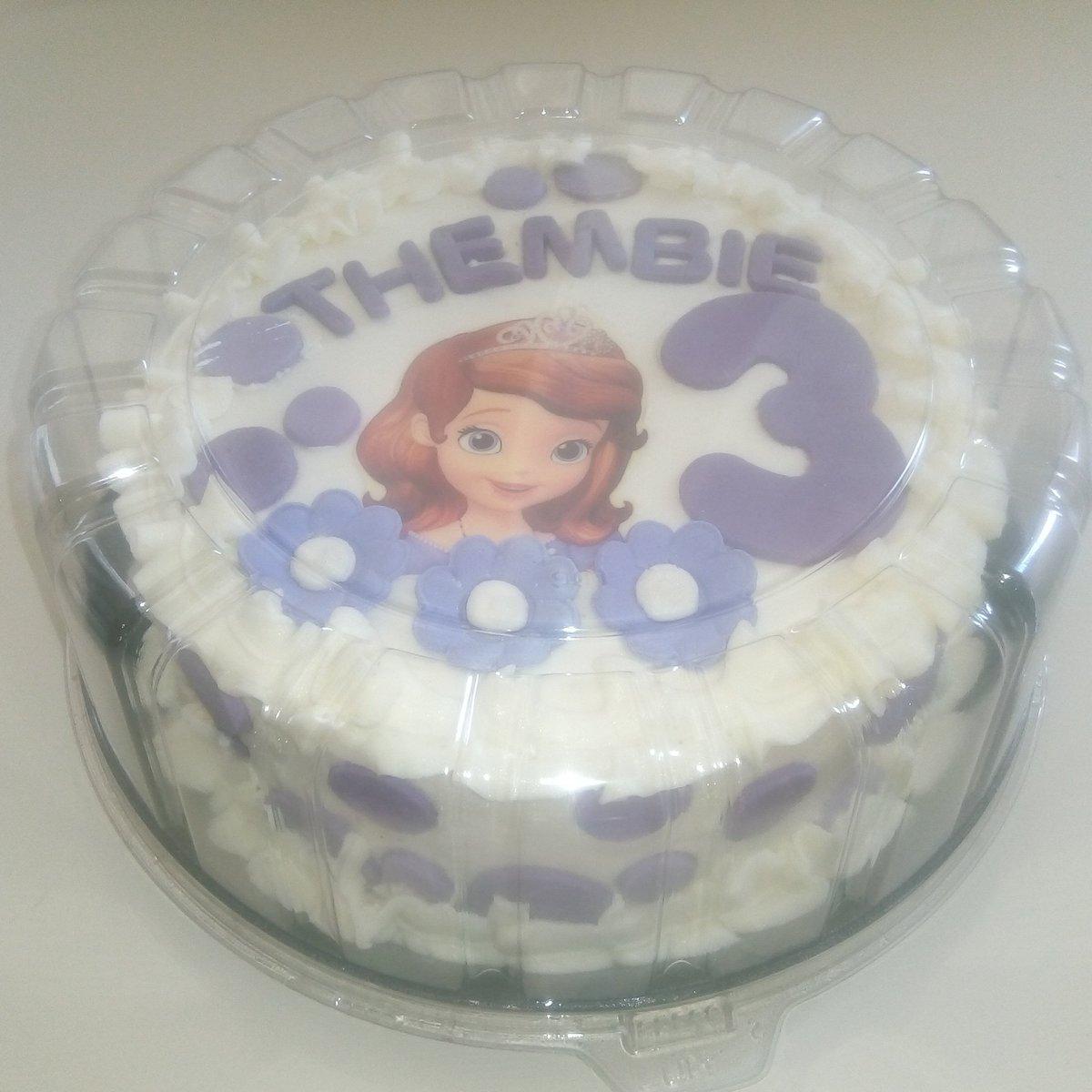 Stupendous Brilliant Cakes Auf Twitter Wedding And Birthday Cakes Carrot Funny Birthday Cards Online Elaedamsfinfo