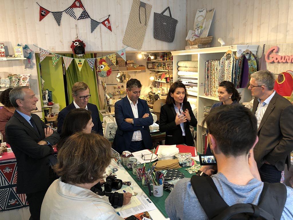 .@paysdelaloire présente à la presse le plan Commerce du Futur qui sera voté lors de l'assemblée régionale des 17 et 18 octobre ; 1 ensemble de mesures innovantes et 1 budget de 800 K€ pour accompagner les commerçants de proximité et artisans ligériens #pdleco #pdlbudget