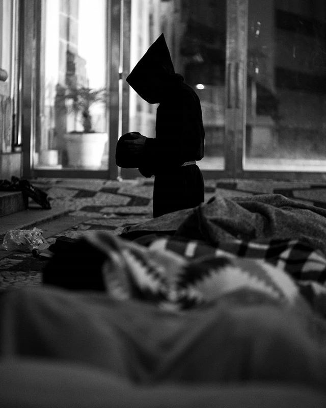 Missão Anawin . . . . #photographer #photo #2019 #saopaulo #cidade #fotografia #foto #art #Blackandwhite #dia #trabalho #work #rotina #routine #city #urban #pobreza #poverty #rua #street #picoftheday #mission #missão