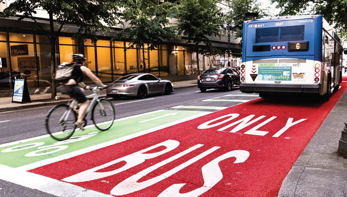 Give every bus in the U.S. its own dedicated lane, writes @awalkerinLA. https://www.curbed.com/2019/10/14/20902256/bus-lane-emissions-climate-change?utm_campaign=curbed&utm_content=chorus&utm_medium=social&utm_source=twitter …