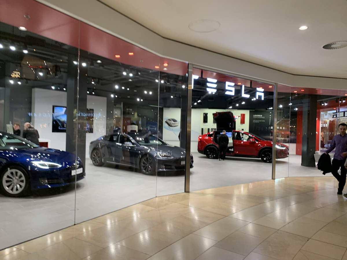 Tesla all-electric vehicles showroom Dartford Bluewater London <br>http://pic.twitter.com/Wh8BMlTe4k