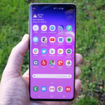 Image for the Tweet beginning: Galaxy S10 series starts getting