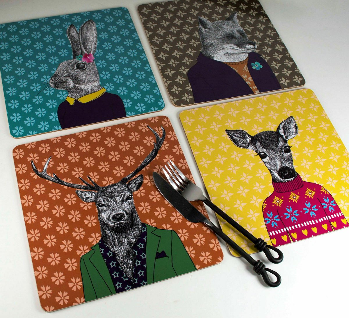 #Halloween #Competition    #FOLLOW & #RETWEEET this post to #win   Set of 4 AFTER DARK Woodland Creatures SQUARE Cork-Backed PLACEMATS Table Mats  https://www. ebay.co.uk/itm/3527755111 76  …   #free #giveaways #WinItWednesday #freebietuesday #Freebiefriday #MondayMotivation #SundayMotivation <br>http://pic.twitter.com/kdkPoNY4Cn