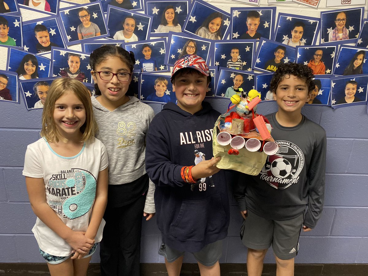 My engineers did an amazing job this week creating 3D models of hybrid animals and showing sense receptors! Although this was fun and creative, everyone was able to stay on task and focus on the purpose! #engineering #sciencerocks #johnsonpride<br>http://pic.twitter.com/krye3Px6UP