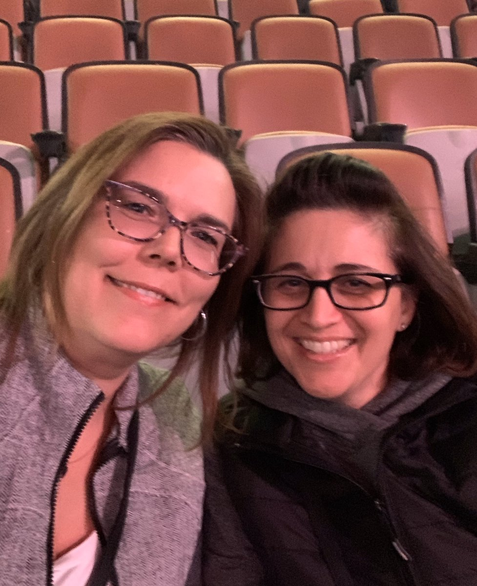 Concert ready with @LoveofBaking77 !! Whoo Hoo finally!! #CRYPRETTYTOUR360