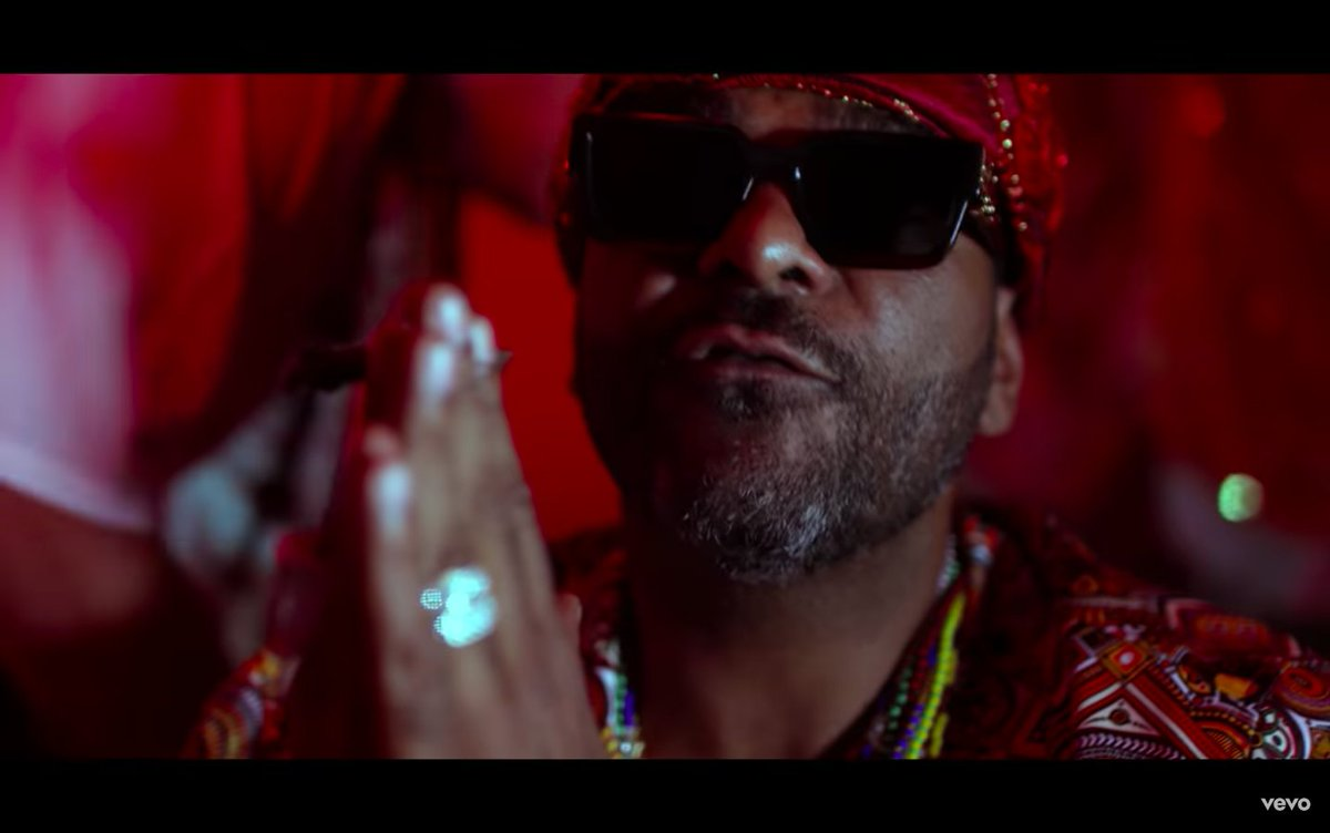 .@jimjonescapo and @RickRoss deliver their State of the Union address in new video at.vibe.com/79HqNt