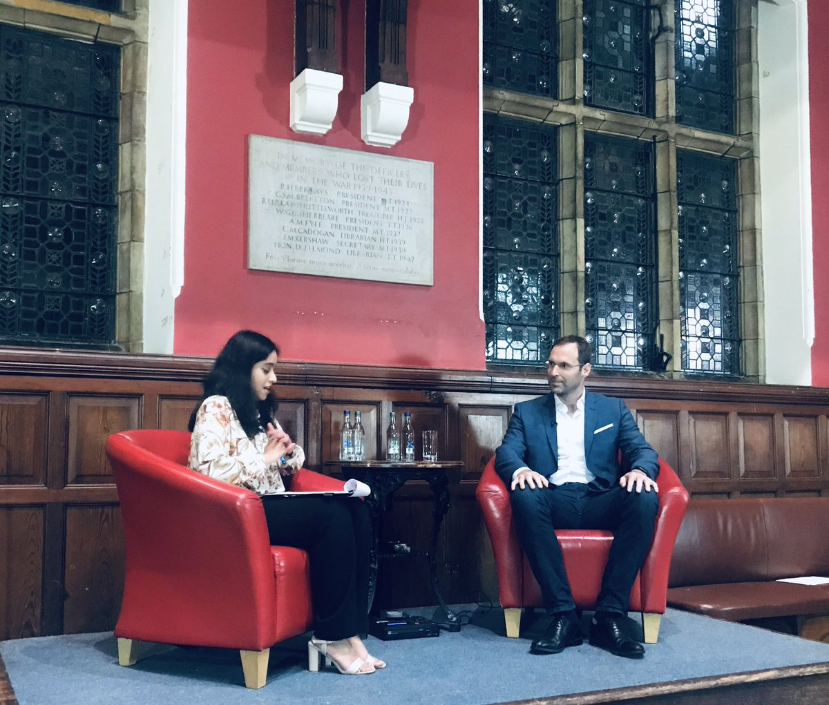 Great honour to speak this evening @UniofOxford @OxfordUnion definitely a better experience than when I was last in Oxford 13 years ago today having surgery after head injury