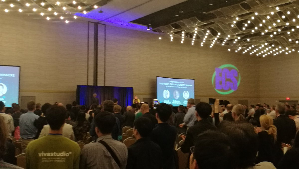 Standing ovation for Nobel Laureate Stan Whittingham from a packed audience at the @ECSorg Meeting Plenary session.#chemnobel #lithiumbattery #236thECSMeeting