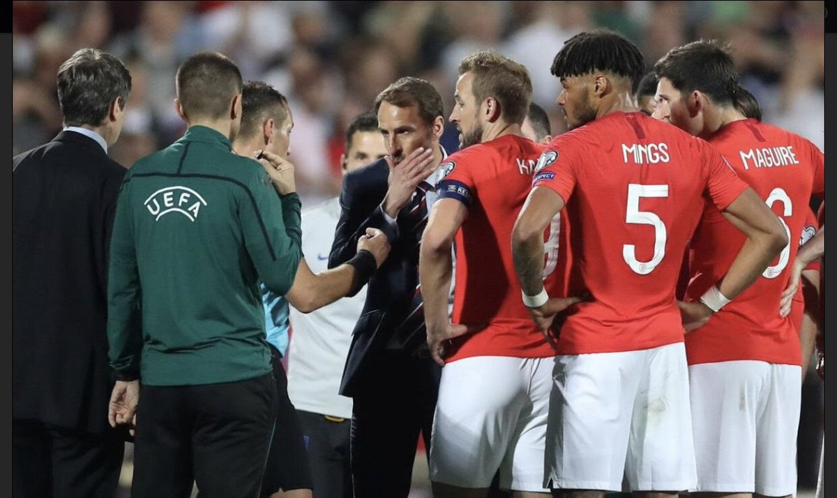 This is what solidarity looks like. The England manager and players bring their match to a halt to confront racism from fans. Let's see this same pro-active response to bigotry brought into the domestic game. <br>http://pic.twitter.com/QDcU5O7zPh