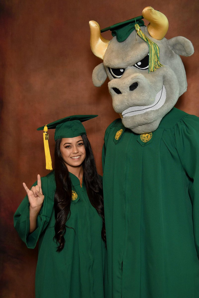 Finally  #goBulls #done #butnotreally #stillhavegradschool #TheSkyIsTheLimit<br>http://pic.twitter.com/nhzpS0n0as
