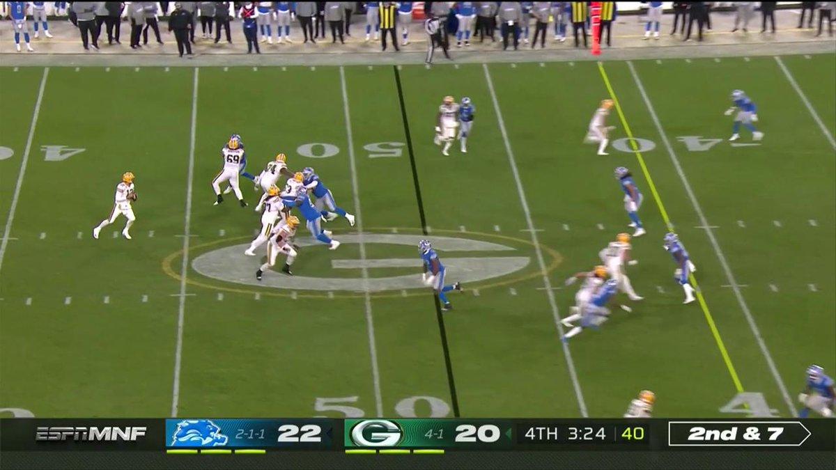 .@AaronRodgers12 is in the zone. @TheJimmyGraham #GoPackGo 📺: #DETvsGB on ESPN #MNF 📱: NFL app // Yahoo Sports app Watch free on mobile: on.nfl.com/D5d80R