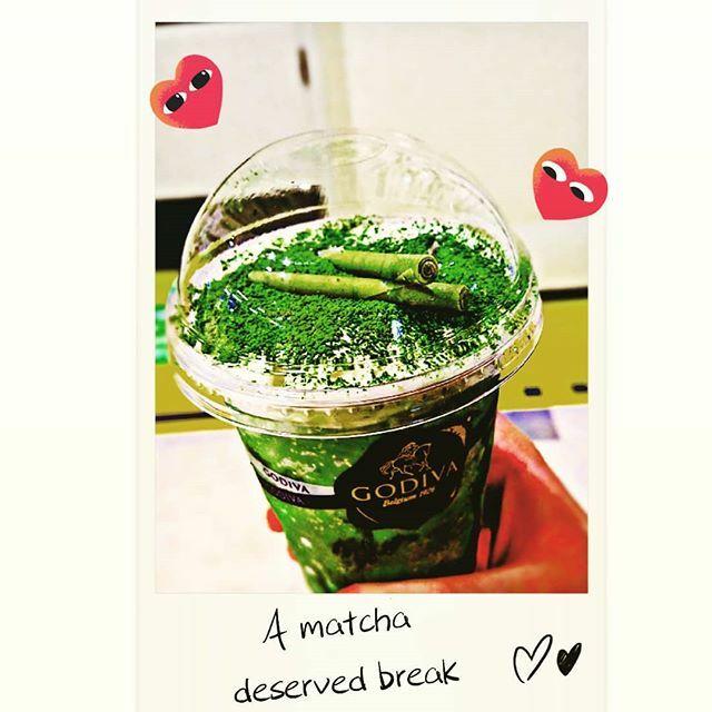 Let's go Matchaholics! (o^・^o) 🍵💜 . #japan #cuteaf #cuteaesthetic #basic #foodiesofinstagram #foodpicsdaily #foodstagram #godiva #tasty #instafood #yummy #lecker #basicbitch #matchafrappe #godivafrappuccino #basicdaily #kawaii #kawaiiaesthetic #p…