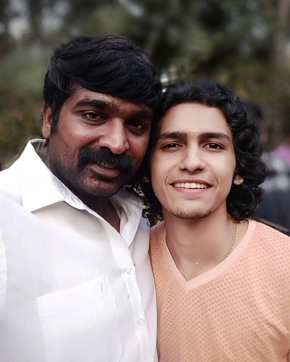 With @VijaySethuOffl on the sets of #Maamanithan #Kerala ....... @gowri_gal 📸: @SreerajRsree . #MakkalSelvan #VijaySethupathi #VijaySethupathy #Kollywood #Tamil #TamilCinema