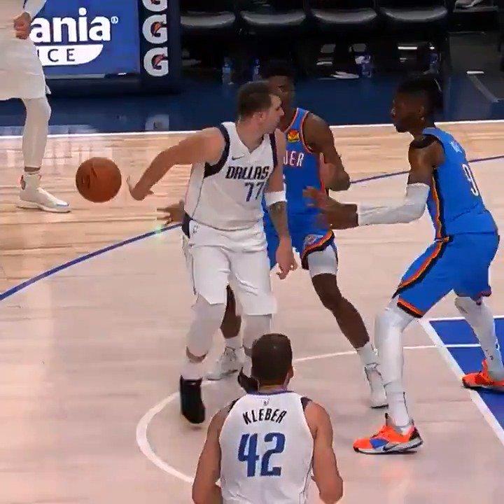 #RT @NBA: Luka Doncic ➡️ Kristaps Porzingis ☔️  @dallasmavs | #NBAPreseason