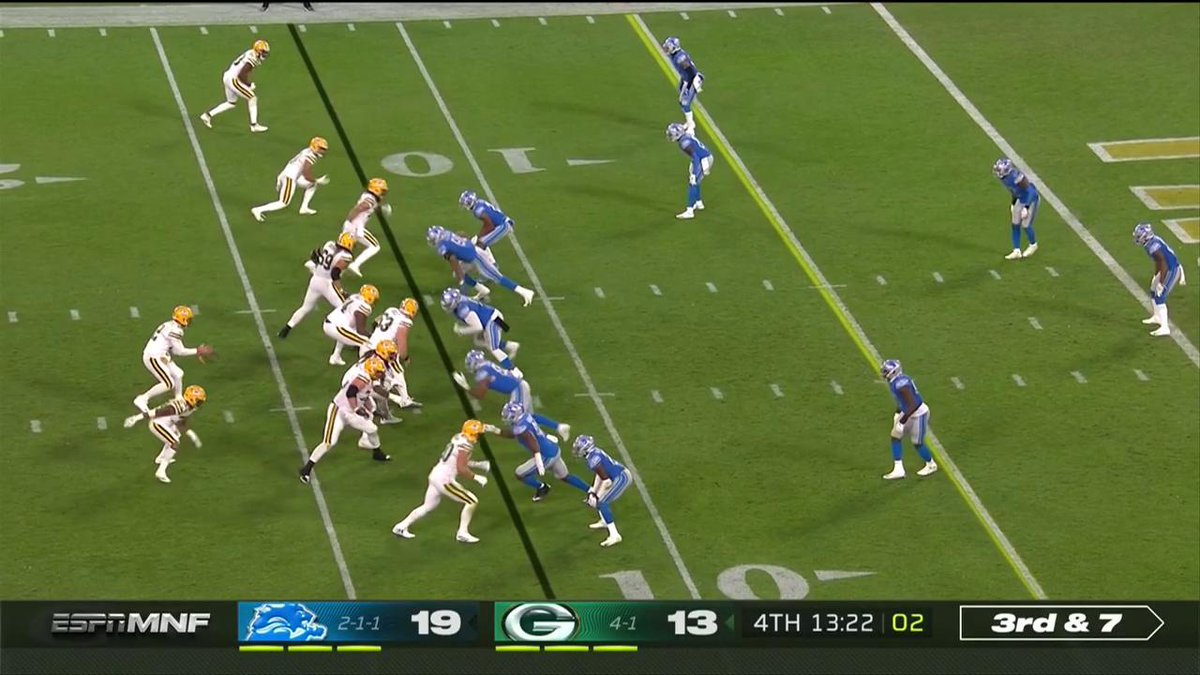😱😱😱 @JustinColeman27 picks off the pass at the goal line! #OnePride 📺: #DETvsGB on ESPN #MNF 📱: NFL app // Yahoo Sports app Watch free on mobile: on.nfl.com/D5d80R