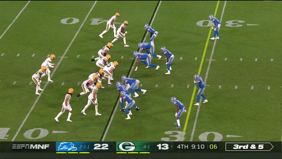.@AaronRodgers12 DIME 💰 @AllenLazard with a 35-yard TD to make it a one-score game! #GoPackGo 📺: #DETvsGB on ESPN #MNF 📱: NFL app // Yahoo Sports app Watch free on mobile: on.nfl.com/D5d80R
