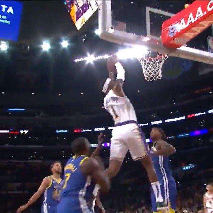 #RT @NBA: Alex Caruso goes up top to KCP! #NBAPreseason   @warriors x @Lakers   📺: @NBATV