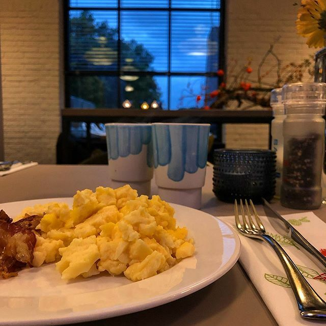 test Twitter Media - #hotelontbijtje... #myview #eten #ontbijt #koffie #hotel #kapellerput #Heeze #Eindhoven . . . #food #foodporn #foodgasm #foodstagram #foodphotography #breakfast #breakfasttime #coffee #eggs #scrambledeggs #bacon https://t.co/2BV6THBE6D https://t.co/QzX9YN3CXP